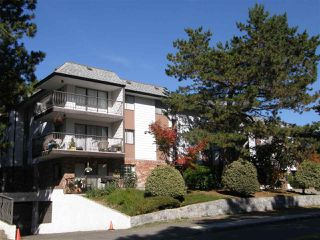 "Main Photo: 105 13977 74 Avenue in Surrey: East Newton Condo for sale in ""GLENCOE ESTATES"" : MLS®# R2392001"