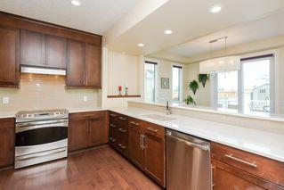Photo 5: 7908 22 Avenue in Edmonton: Zone 53 House for sale : MLS®# E4170201