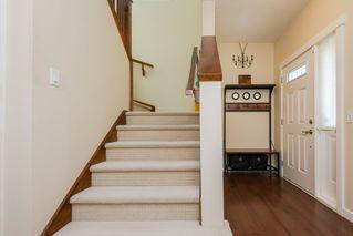 Photo 2: 7908 22 Avenue in Edmonton: Zone 53 House for sale : MLS®# E4170201