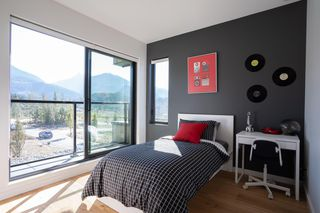 Photo 13: 40830 THE Crescent in Squamish: University Highlands House for sale : MLS®# R2409260