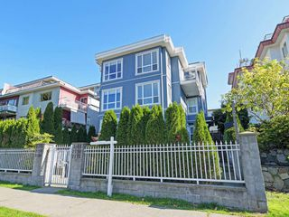 """Main Photo: 2170 WALL Street in Vancouver: Hastings Townhouse for sale in """"WATERFORD"""" (Vancouver East)  : MLS®# R2410145"""
