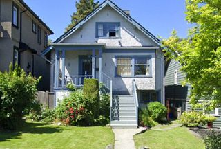 Photo 1: 2755 ALMA Street in Vancouver: Point Grey House for sale (Vancouver West)  : MLS®# R2419546