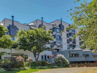 "Main Photo: 207 1477 FOUNTAIN Way in Vancouver: False Creek Condo for sale in ""FOUNTAIN TERRACE"" (Vancouver West)  : MLS®# R2424412"