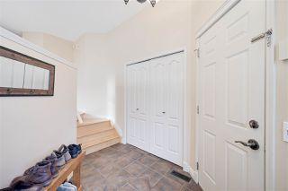 Photo 2: 4904 187 Street in Edmonton: Zone 20 House for sale : MLS®# E4185505