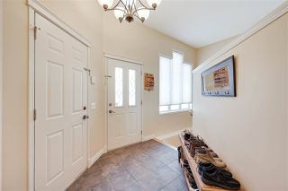 Photo 3: 4904 187 Street in Edmonton: Zone 20 House for sale : MLS®# E4185505