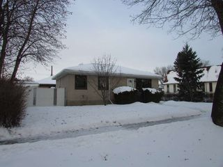 Main Photo: 7712 86 Avenue in Edmonton: Zone 18 House for sale : MLS®# E4186127