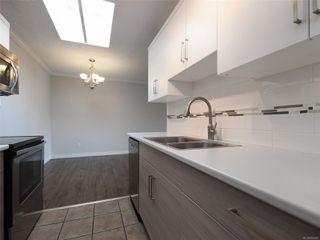 Photo 3: 418 909 Pembroke St in : Vi Central Park Condo for sale (Victoria)  : MLS®# 856451
