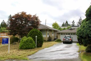 """Photo 1: 7760 KENTWOOD Street in Burnaby: Government Road House for sale in """"Government Road Area"""" (Burnaby North)  : MLS®# R2502117"""