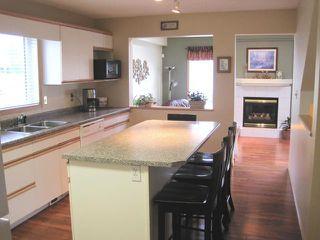Photo 2: 14 VINELAND Crescent in WINNIPEG: Fort Garry / Whyte Ridge / St Norbert Residential for sale (South Winnipeg)  : MLS®# 1016791