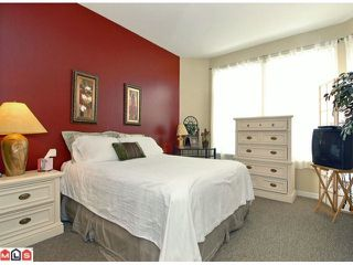 "Photo 5: 3 14909 32ND Avenue in Surrey: King George Corridor Townhouse for sale in ""Ponderosa Station"" (South Surrey White Rock)  : MLS®# F1101085"