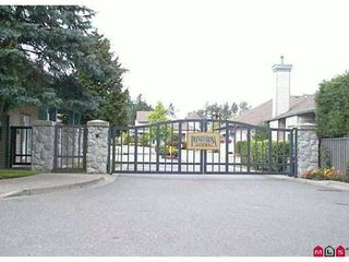 "Photo 3: 3 14909 32ND Avenue in Surrey: King George Corridor Townhouse for sale in ""Ponderosa Station"" (South Surrey White Rock)  : MLS®# F1101085"