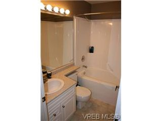 Photo 7: 26 300 Six Mile Road in VICTORIA: VR Six Mile Townhouse for sale (View Royal)  : MLS®# 288529