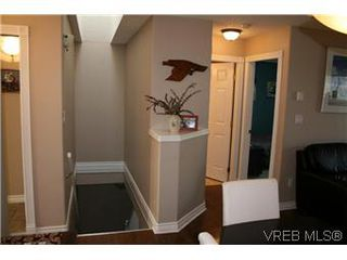 Photo 8: 26 300 Six Mile Road in VICTORIA: VR Six Mile Townhouse for sale (View Royal)  : MLS®# 288529
