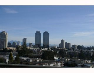 "Photo 7: 1105 4134 MAYWOOD Street in Burnaby: Metrotown Condo for sale in ""PARK AVENUE TOWERS"" (Burnaby South)  : MLS®# V751495"