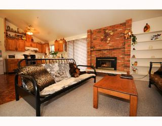 Photo 2: 616 E 19TH Street in North Vancouver: Boulevard House for sale : MLS®# V769227