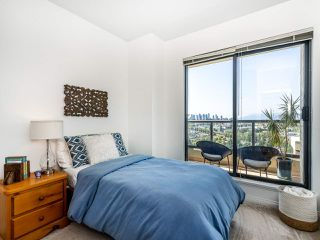 "Photo 11: 2205 6837 STATION HILL Drive in Burnaby: South Slope Condo for sale in ""Claridges"" (Burnaby South)  : MLS®# R2396422"