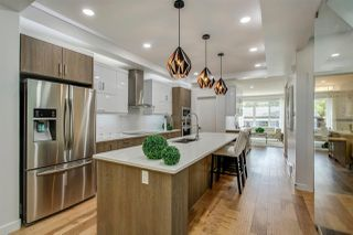 Photo 4: 10159 89 Street in Edmonton: Zone 13 House for sale : MLS®# E4176156