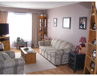 "Photo 2: 1366 GENEVIEVE in Prince_George: Lakewood House for sale in ""HERITAGE"" (PG City West (Zone 71))  : MLS®# N194698"
