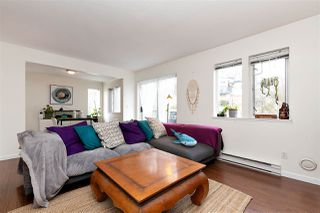 """Photo 3: 83 215 BEGIN Street in Coquitlam: Maillardville Condo for sale in """"PLACE FONTAINE BLEU"""" : MLS®# R2445214"""