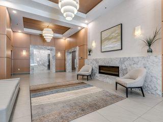 Photo 2: 2603 3007 GLEN Drive in Coquitlam: North Coquitlam Condo for sale : MLS®# R2475844