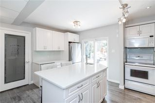 Photo 14: 561 Community Row in Winnipeg: Charleswood Residential for sale (1G)  : MLS®# 202017186