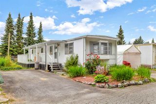 "Main Photo: 7 21163 LOUGHEED Highway in Maple Ridge: Southwest Maple Ridge Manufactured Home for sale in ""Val Maria Mobile Home Park"" : MLS®# R2484600"