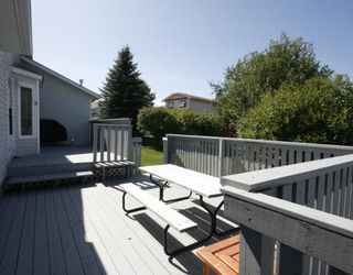 Photo 17: 32 WOODFORD Place SW in CALGARY: Woodbine Residential Detached Single Family for sale (Calgary)  : MLS®# C3393200