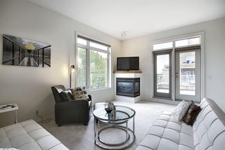 Photo 18: 2406 24 HEMLOCK Crescent SW in Calgary: Spruce Cliff Apartment for sale : MLS®# A1037328