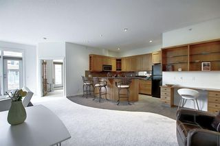 Photo 9: 2406 24 HEMLOCK Crescent SW in Calgary: Spruce Cliff Apartment for sale : MLS®# A1037328