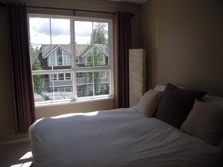 "Photo 6: 302 1150 E 29TH Street in North Vancouver: Lynn Valley Condo for sale in ""Highgate"" : MLS®# V825979"