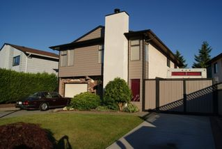 Photo 1: 2266 WILLOUGHBY Way in Langley: Willoughby Heights House for sale : MLS®# F1018652