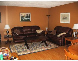 Photo 3: 378 ST GEORGE Road in WINNIPEG: St Vital Residential for sale (South East Winnipeg)  : MLS®# 2810955