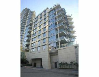 """Main Photo: 506 633 KINGHORNE MEWS BB in Vancouver: False Creek North Condo for sale in """"ICON-II"""" (Vancouver West)  : MLS®# V721664"""