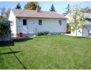 Photo 2: 525 SHELLEY Street in WINNIPEG: Westwood / Crestview Residential for sale (West Winnipeg)  : MLS®# 2818486