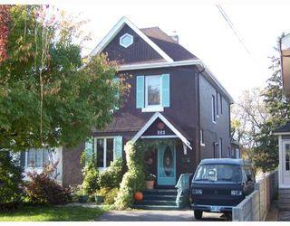 Photo 1: 270 GLENWOOD Crescent in WINNIPEG: East Kildonan Residential for sale (North East Winnipeg)  : MLS®# 2819949