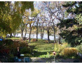 Photo 2: 270 GLENWOOD Crescent in WINNIPEG: East Kildonan Residential for sale (North East Winnipeg)  : MLS®# 2819949