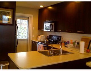"Photo 2: 42 7370 STRIDE Avenue in Burnaby: Edmonds BE Townhouse for sale in ""MAPLEWOOD TERRACE"" (Burnaby East)  : MLS®# V754325"