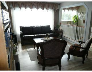 Photo 2: 3271 SPRINGHILL Place in Richmond: Steveston North House 1/2 Duplex for sale : MLS®# V756351