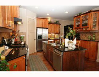 Photo 8: 44 Lynx Ridge Boulevard NW in CALGARY: Lynx Ridge Calgary Residential Detached Single Family for sale (Calgary)  : MLS®# C3372479