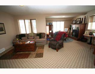 Photo 16: 44 Lynx Ridge Boulevard NW in CALGARY: Lynx Ridge Calgary Residential Detached Single Family for sale (Calgary)  : MLS®# C3372479
