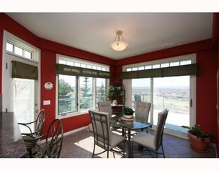 Photo 9: 48 Slopeview Drive SW in CALGARY: The Slopes Residential Detached Single Family for sale (Calgary)  : MLS®# C3376319