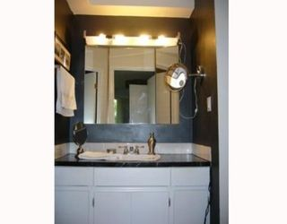 """Photo 7: 5 5575 OAK Street in Vancouver: Shaughnessy Condo for sale in """"SHAWNOAKS"""" (Vancouver West)  : MLS®# V772082"""