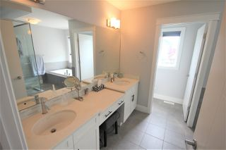 Photo 8: 8128 GOURLAY Place in Edmonton: Zone 58 House for sale : MLS®# E4168252