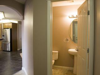 Photo 10: 2038 TOWNE CENTRE Boulevard in Edmonton: Zone 14 House for sale : MLS®# E4174498