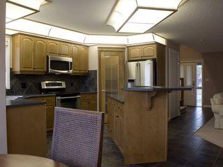 Photo 6: 2038 TOWNE CENTRE Boulevard in Edmonton: Zone 14 House for sale : MLS®# E4174498