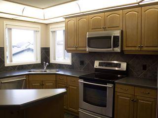 Photo 7: 2038 TOWNE CENTRE Boulevard in Edmonton: Zone 14 House for sale : MLS®# E4174498