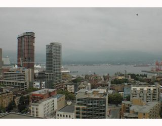"""Photo 9: 2305 63 KEEFER Place in Vancouver: Downtown VW Condo for sale in """"EUROPA"""" (Vancouver West)  : MLS®# V780304"""