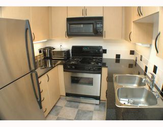 """Photo 2: 2305 63 KEEFER Place in Vancouver: Downtown VW Condo for sale in """"EUROPA"""" (Vancouver West)  : MLS®# V780304"""