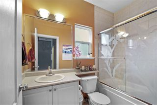 Photo 11: 17419 64 Avenue in Surrey: Cloverdale BC House for sale (Cloverdale)  : MLS®# R2419381