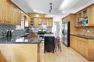 Photo 9: 17419 64 Avenue in Surrey: Cloverdale BC House for sale (Cloverdale)  : MLS®# R2419381
